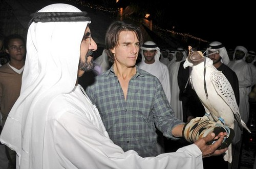 Tom Cruise wallpaper titled Tom Cruise with Sheikh Mohammed bin Rashid Al Maktoum