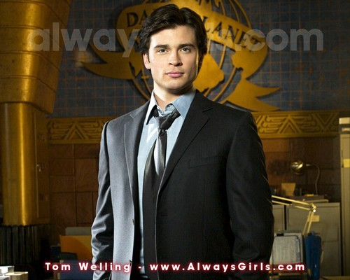 Tom Welling Hintergrund with a business suit, a suit, and a three piece suit titled Tom Welling