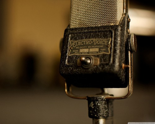 Music wallpaper called Vintage Microphone Wallpaper