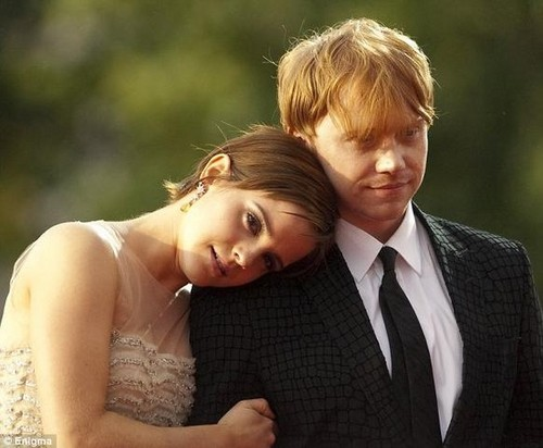 ron and hermione dating in real life Did hermione and ron get married in real life save cancel already exists would you like to merge this question into it  are hermione and ron dating in real life.