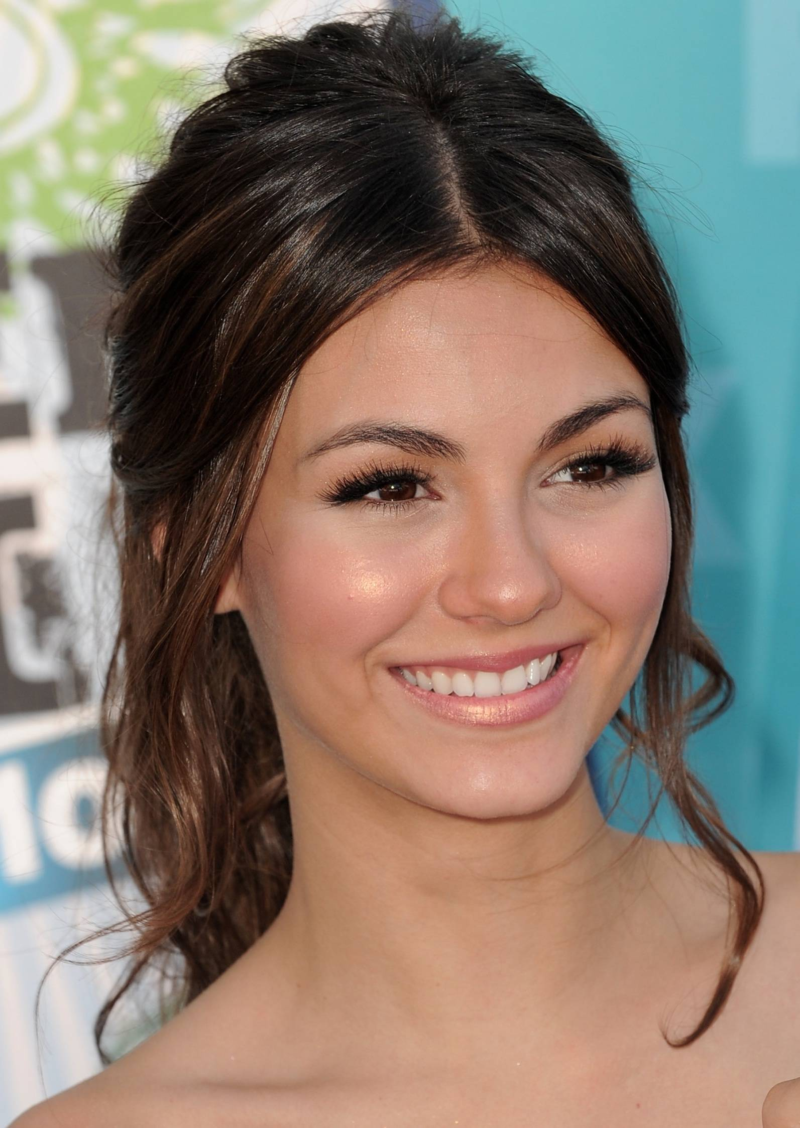 Victoria Justice images victoria :) HD wallpaper and background photos ...