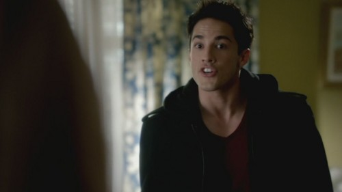 3x12 The Ties That Bind - tyler-lockwood Screencap