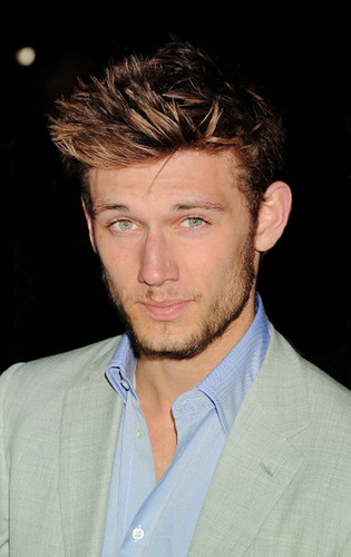 Alex Pettyfer hình nền probably containing a business suit and a suit entitled Alex