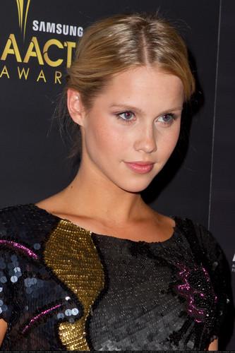 Australian Academy Of Cinema & Televisione Arts Awards - January 27, 2012.