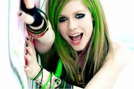 Avril Lavigne Smile - sachini Photo