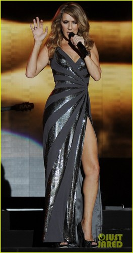 Celine Dion پیپر وال called Celine Dion: Jamaica Jazz Festival Performer!