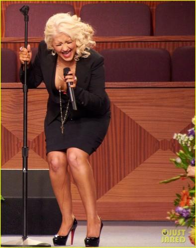 Christina Aguilera Sings 'At Last' at Etta James' Funeral