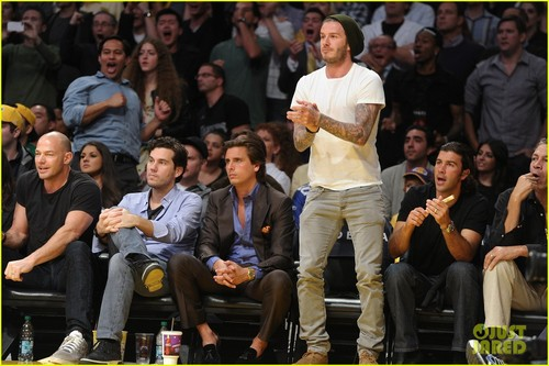 David Beckham: Courtside at the Lakers Game! - david-beckham Photo