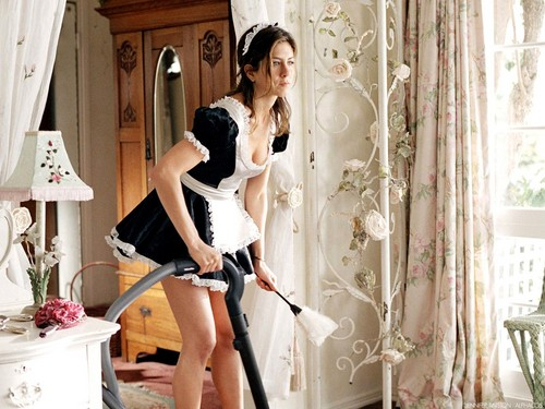 jennifer aniston fondo de pantalla possibly containing a vacuum and a aspiradora, hoover titled Jennifer