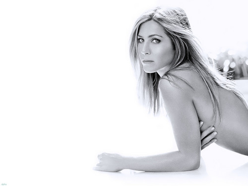 Jennifer Aniston wallpaper probably with a bikini and skin entitled Jennifer
