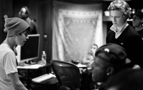 Justin Bieber & Cody Simpson in the studio