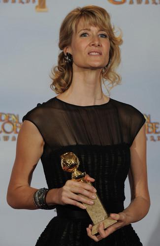 Laura Dern Wins a Golden Globe for Best Actress for 'Enlightened'