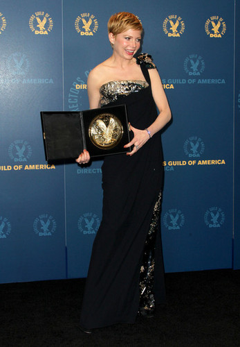 Michelle Williams - @64th DGA/Press Room - (January 28. 2012)