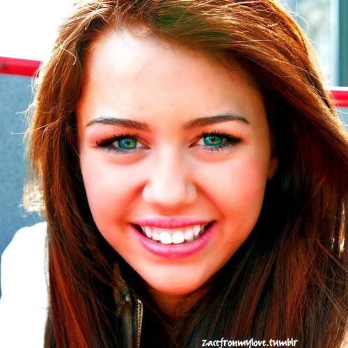 Miley Cyrus- tagahanga ART!