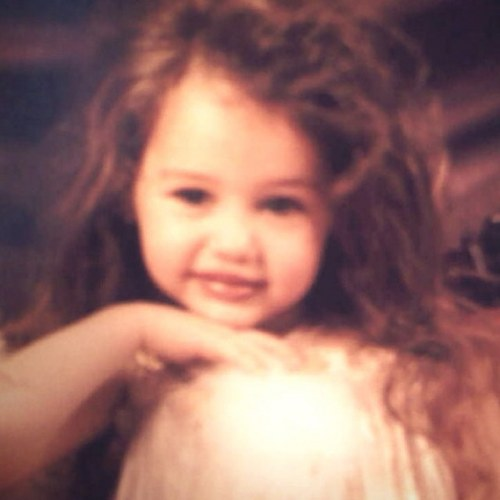 Miley's Present Twitter Pic.
