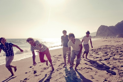 New foto's from the 'Up All Night' photoshoot! ♥