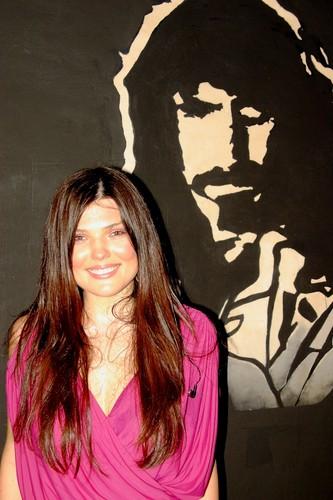 Paula Seling