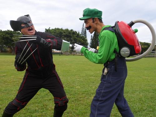 Plumber vs. Wolverine!