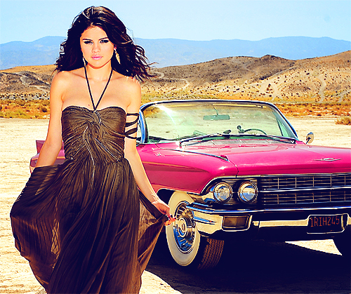 Selena_Justin Hintergrund containing a abendessen dress, a gown, and a strapless called Sel