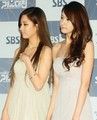 Seohyun and Yoona - k-pop-queens photo