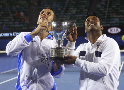 Stepanek and Paes : They defeated the world's best couple !