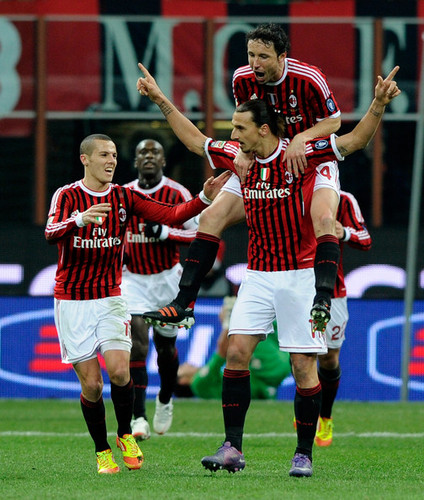 Z. Ibrahimovic (AC Milan - Cagliari)