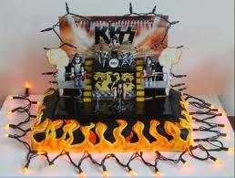Kiss birthday cake
