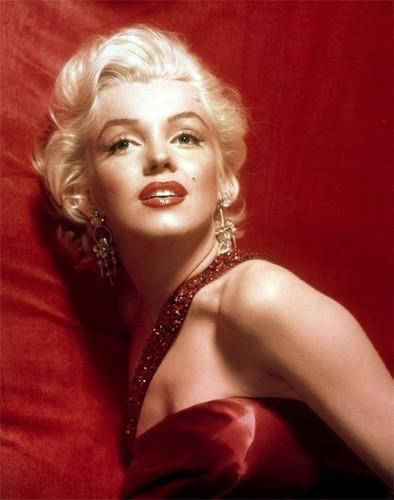 marilyn monroe-June 1, 1926 – August 5, 1962)[
