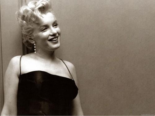 marilyn monroe,June 1, 1926 – August 5, 1962)[