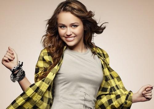 Hannah Montana wallpaper titled miley cyrus