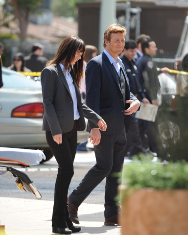 |BTS| Photos of Simon Baker and Robin Tunney - S2/S3 - the-mentalist Photo