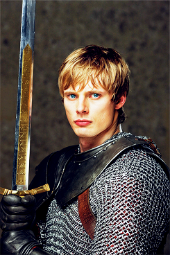 Arthur season2 promo - arthur-pendragon Photo