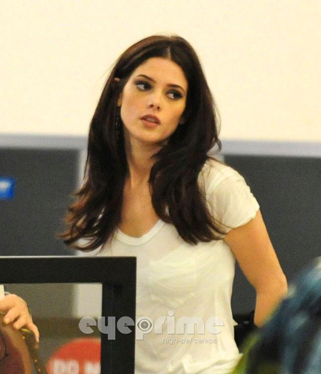 Ashley Greene er dating asiatiske fyr bakrus