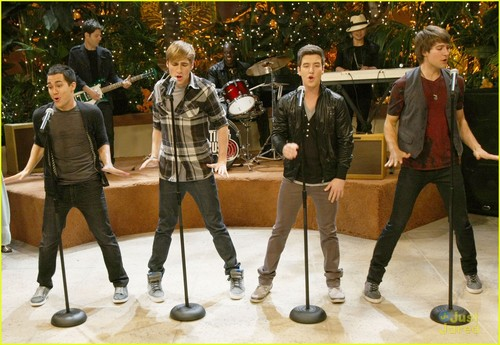 Big Time Rush - 'All Over Again' musique Video Set Pics!