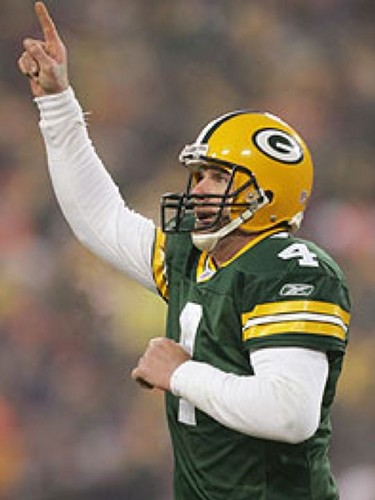Brett Favre wallpaper possibly containing a football helmet and a tailback called Brett Favre
