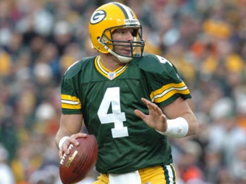 Brett Favre wallpaper containing a football helmet and a tailback titled Brett Favre