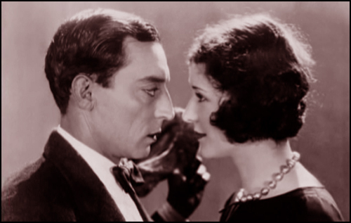 Buster Keaton and Marceline ngày in The Cameraman (1928)