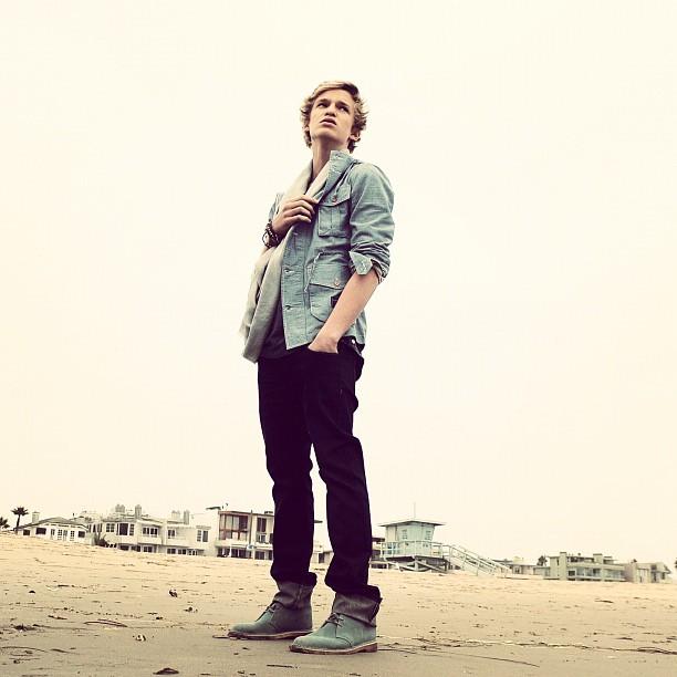 Cody cody simpson 28714330 612 612 - Cody Simpson