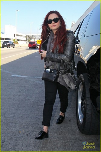 Demi Lovato: Off To Chile!