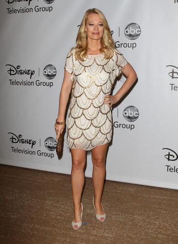 디즈니 ABC 텔레비전 Group's ''TCA 2011 Summer Press Tour'' (Aug 7, 2011)