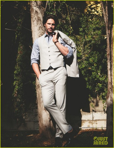 Joe Manganiello wallpaper containing a business suit, a well dressed person, and an outerwear titled Joe Manganiello Covers 'Da Man' Magazine