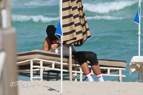 Justin Bieber in Miami beach, pwani