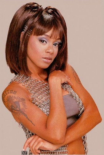 Lisa Nicole Lopes (May 27, 1971 – April 25, 2002)
