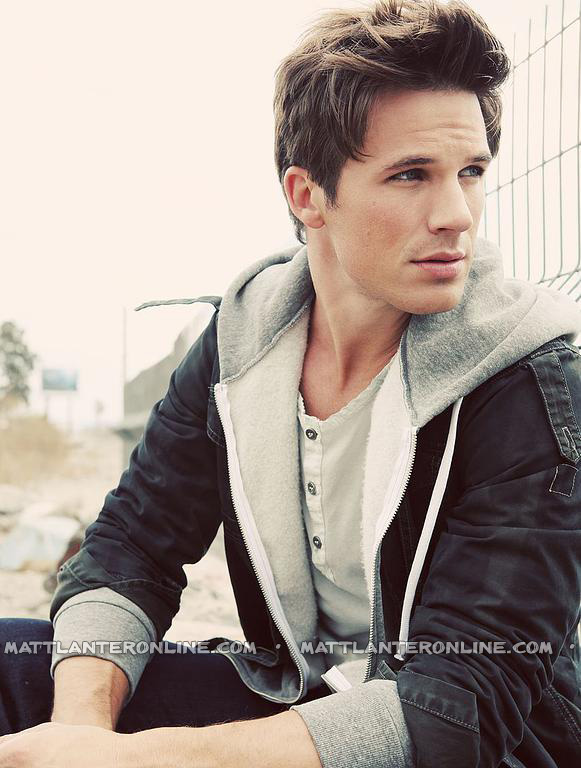 http://images5.fanpop.com/image/photos/28700000/Matt-Lanter-matt-lanter-28750110-581-768.jpg