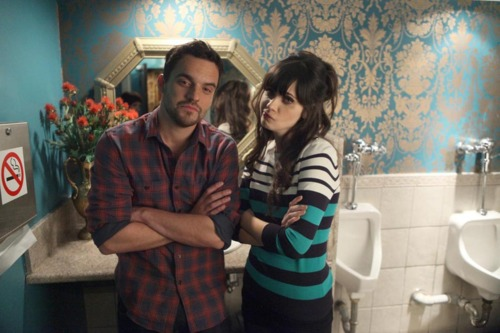 New Girl Hintergrund with a waschraum and a bathroom called New Girl