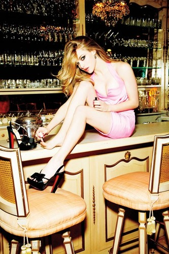"""New outtakes of Amanda's photoshoot for """"Glamour"""" magazine {March 2012}"""