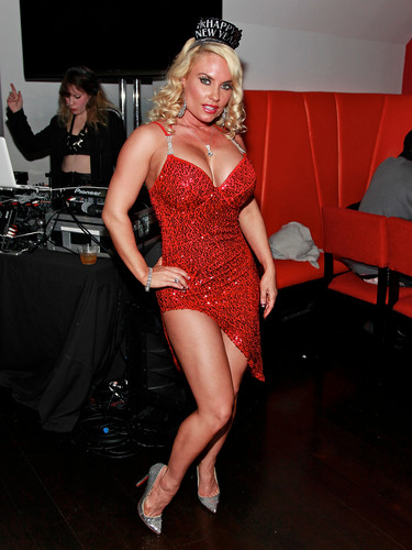 Nicole Coco Austin wallpaper probably with a leotard titled Nicole Coco Austin