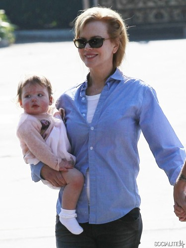 Nicole Kidman Has sarapan lewat pagi, sarapan tengah hari With Keith Urban And Daughter Faith