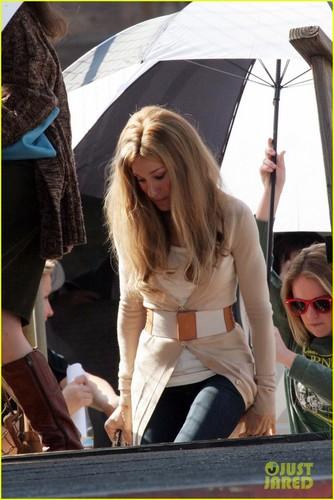 Sarah Jessica Parker as Gloria Steinem - First Look!