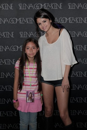 Selena - Meet & Greet - Santiago, Chile - January 30, 2012